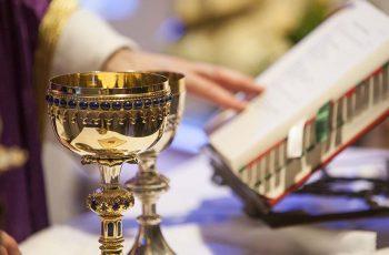 Como a beleza e a sobriedade na Liturgia podem evangelizar