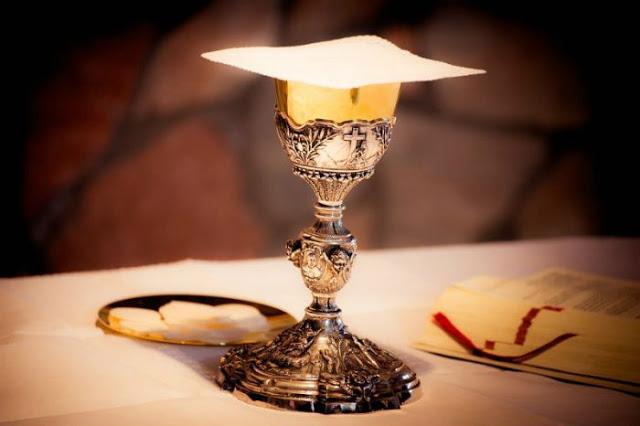 objetos sagrados e alfaias